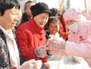 郑州2009人一起包饺子